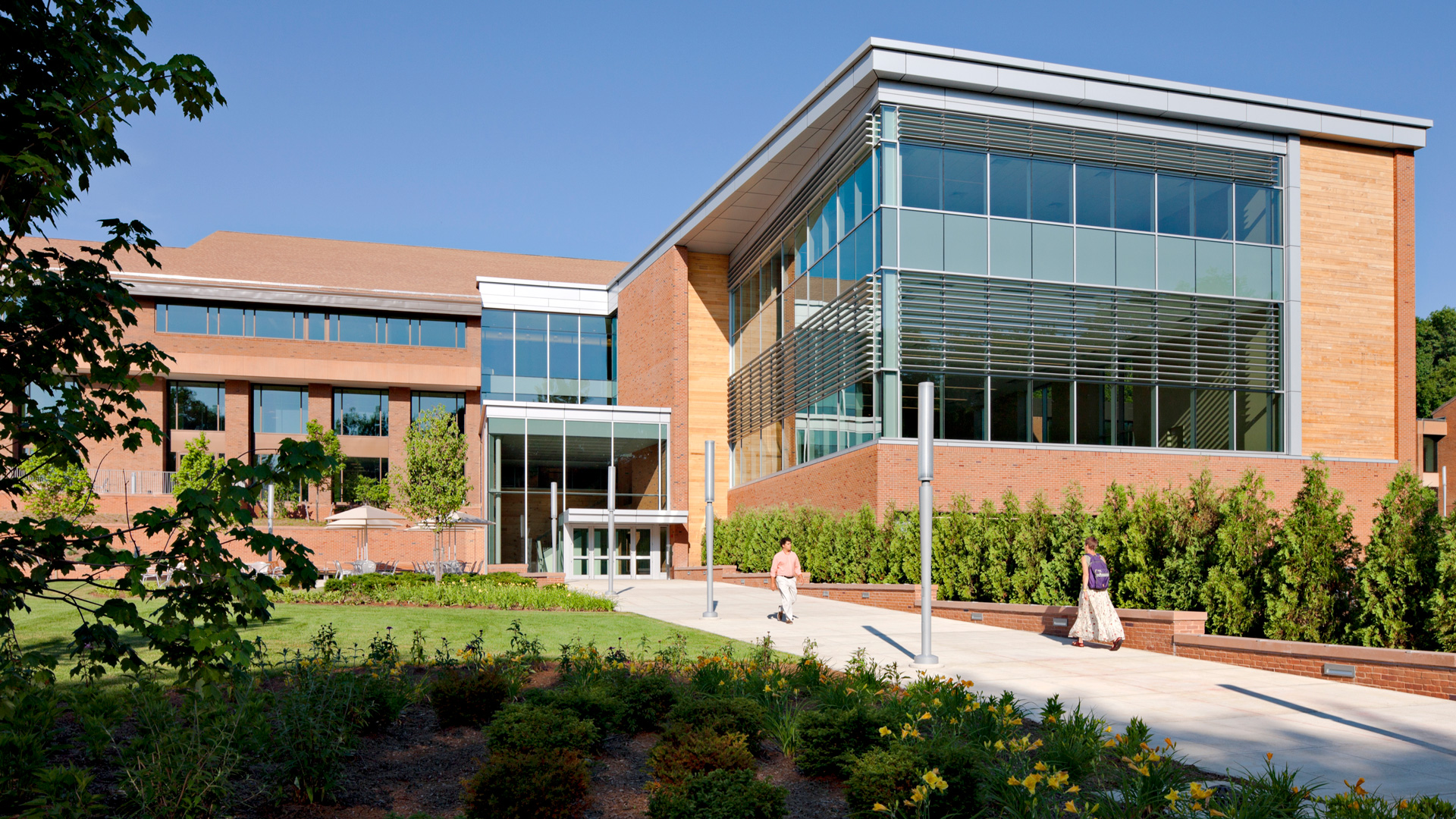 Greenfield Community College Exterior Photo of Campus Building